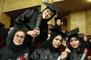 دانشجویان افغانی در دانشگاه خوارزمی